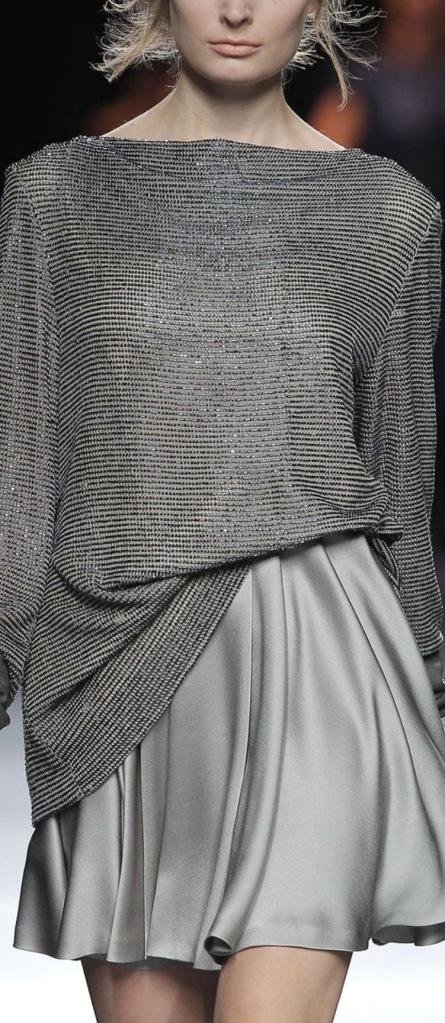 altro grigio